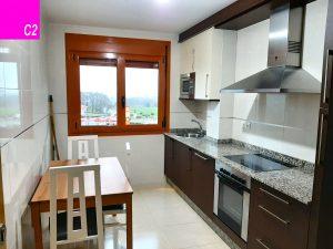 apartamento 4 personas silleda cocina c2
