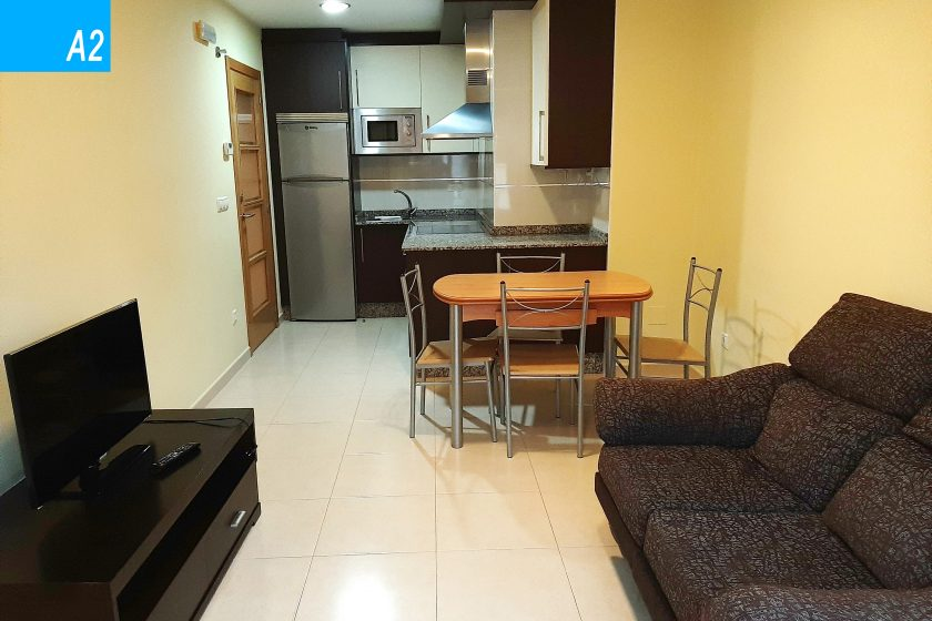 apartamento 4 personas silleda cocina salon a2